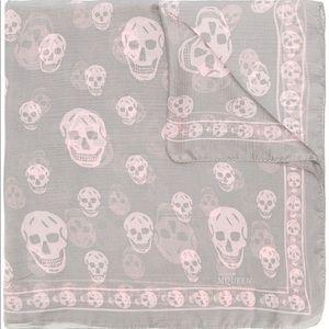 Alexander McQueen genuine scarf - light gray